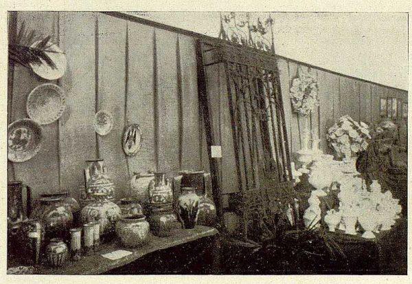 0862_TRA-1929-269-Exposición Regional de Bellas Artes e Industrias, Sinagoga de Santa María la Blanca, cerámica talaverana e hierros artísticos-Foto Rodríguez