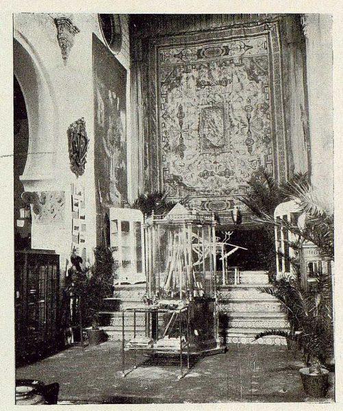 0873_TRA-1929-269-Exposición Regional de Bellas Artes e Industrias, Sinagoga de Santa María la Blanca, Fábrica Nacional de Armas-Foto Rodríguez