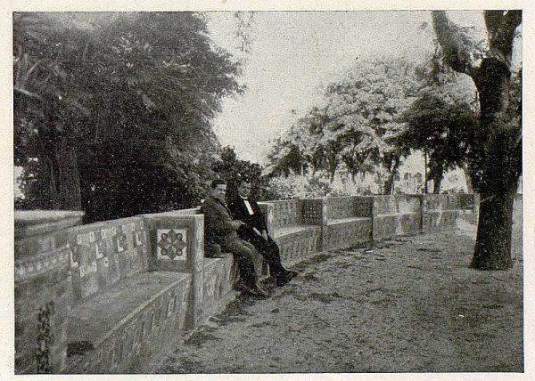 0913_TRA-1930-275-Talavera, paseo del Prado, detalle del paseo central-02-Foto Rodríguez