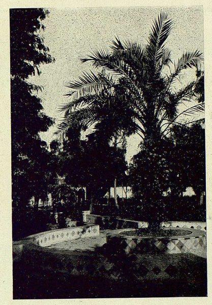 0918_TRA-1930-275-Talavera, paseo del Prado, plazoleta lateral-Foto Rodríguez