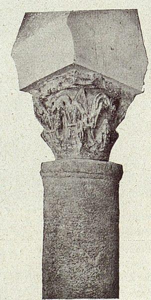 097_TRA-1918-098-Iglesia de San Sebastián, capitel romano