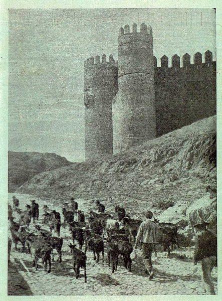 099_TRA-1920-147-Castillo de San Servando-Foto Rodríguez