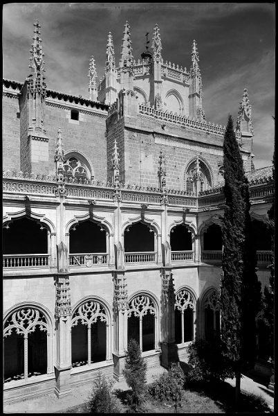 10 - 1961-04-00 - Toledo - San Juan de los Reyes. Claustro_2