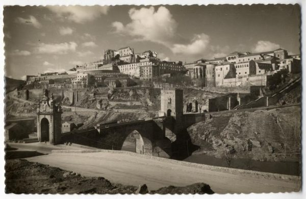 114 - Toledo - Puente de Alcántara y vista parcial
