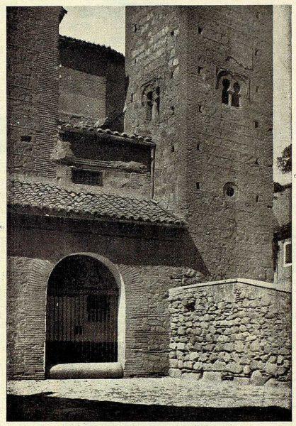 117_TRA-1928-261-Iglesia de Santiago el Mayor-02-Foto Clavería