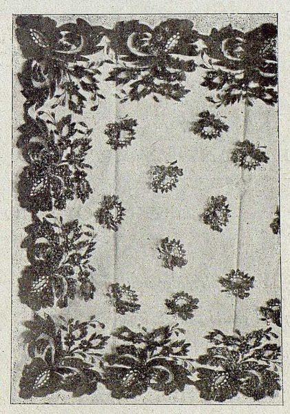 122_TRA-1921-164-Escuela de Artes y Oficios, blonda granadina-Foto Rodríguez