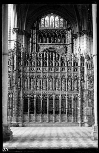 128 - Toledo - Catedral. Parte lateral del Altar Mayor