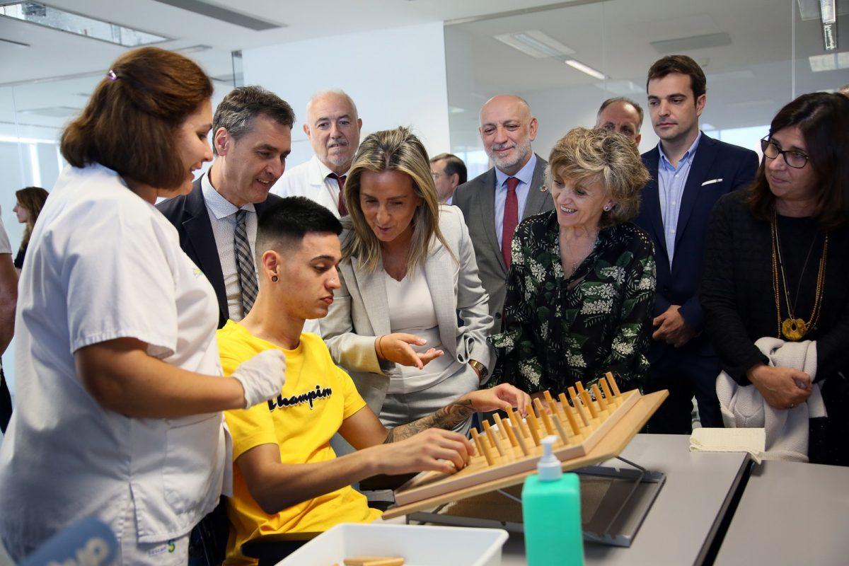 http://www.toledo.es/wp-content/uploads/2019/10/12_ministra_sanidad_paraplejicos-1200x800.jpg. Milagros Tolón destaca el Hospital Nacional de Parapléjicos como centro de referencia durante la visita de la ministra de Sanidad