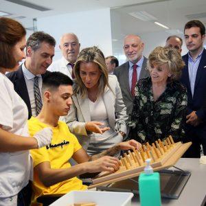 ilagros Tolón destaca el Hospital Nacional de Parapléjicos como centro de referencia durante la visita de la ministra de Sanidad