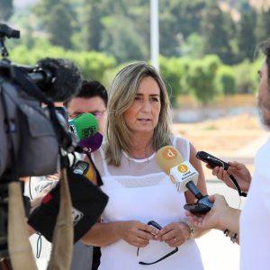 ilagros Tolón reitera el compromiso del Gobierno con el nuevo cuartel de la Guardia Civil y con la preservación de la Vega Baja