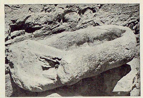 130_TRA-1925-218-Mezquita del Cristo de la Luz, pila sepulcral