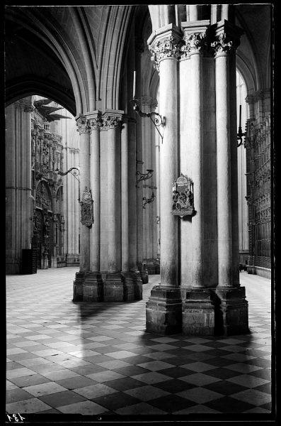 131 - Toledo - Catedral. Interior