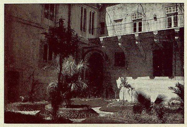 135_TRA-1921-173-Palacio arzobispal, jardín