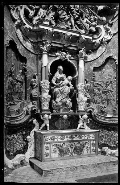 139_2 - Toledo - Catedral. Transparente. Virgen con el Niño