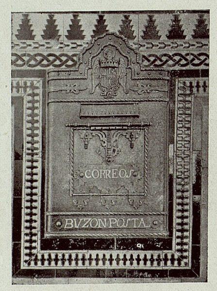 163_TRA-1920-145-Estación, buzón de correos