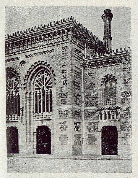 164_TRA-1920-145-Estación, detalle de la fachada