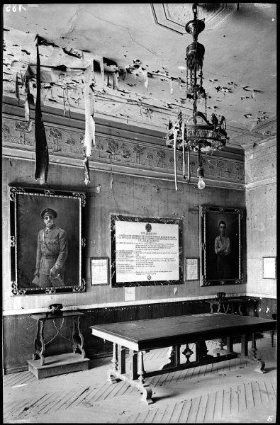17 - 1947-07-00 - 185 - Toledo - Alcázar. Despacho del general Moscardó