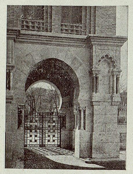 170_TRA-1920-145-Estación, entrada al salón de honor