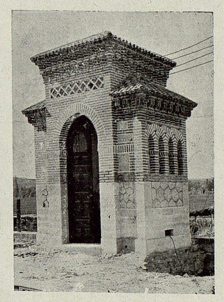 177_TRA-1920-145-Estación, transformador de electricidad