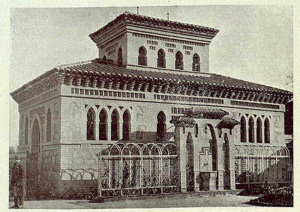 178_TRA-1920-145-Estación, urinarios y retretes