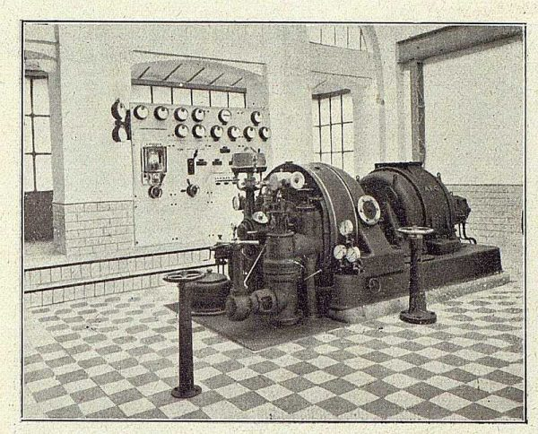 199_TRA-1918-096-Fábrica de Armas, la turbina de vapor