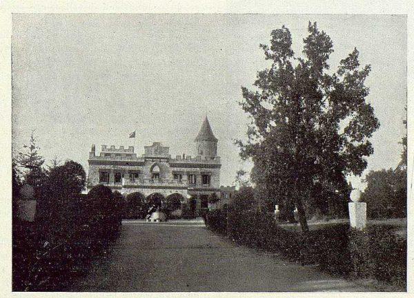 235_TRA-1922-188-El Sotillo, fachada de entrada-Foto Rodríguez