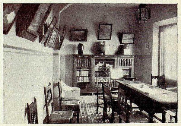 240_TRA-1928-256-Hospedería para artistas, biblioteca-Foto Rodríguez