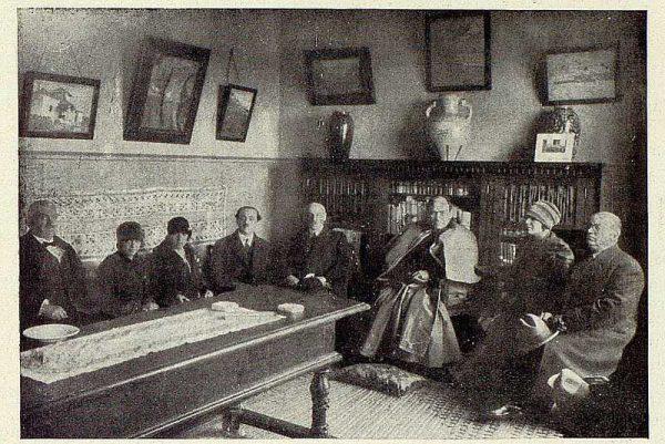 246_TRA-1928-256-Inauguración de la Hospedería del Artista, recepción en la biblioteca-Foto Rodríguez