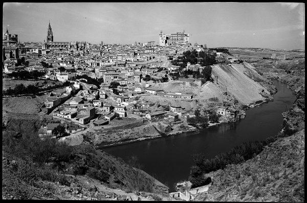25 - 1961-04-00 - 086 - Toledo - Vista parcial