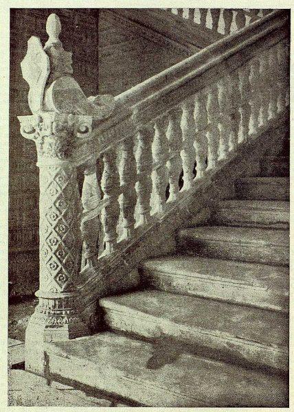 264_TRA-1929-265-Hospital de Santa Cruz, escalera-01-Foto Clavería