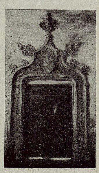 275_TRA-1929-272-Hospital de Santa Cruz, puerta del crucero alto-Foto Rodríguez