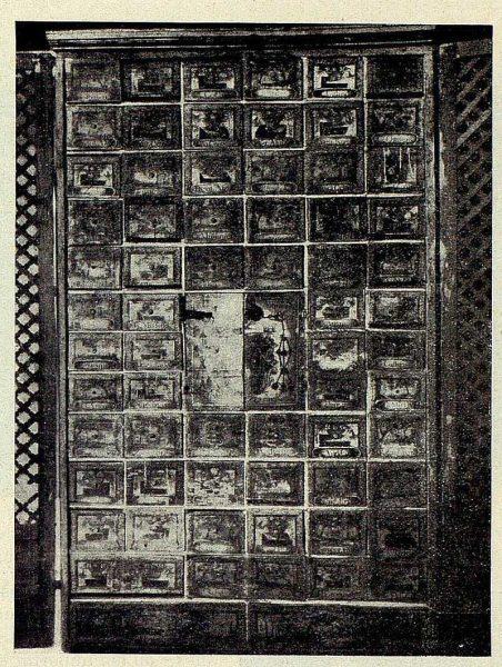 279_TRA-1928-260-Hospital Tavera, botica, su armario-Foto Rodríguez