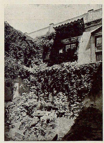303_TRA-1921-178-Palacio de Benacazón, detalle del patio