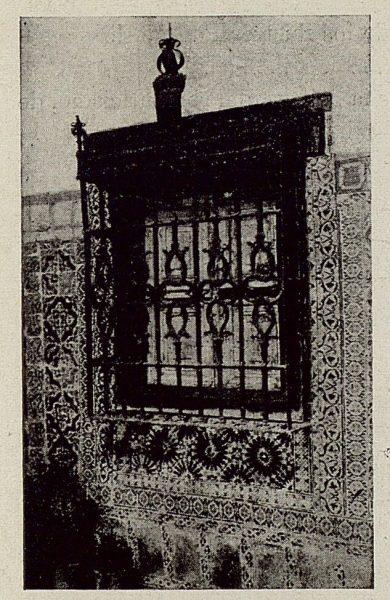 307_TRA-1921-178-Palacio de Benacazón, una reja del patio
