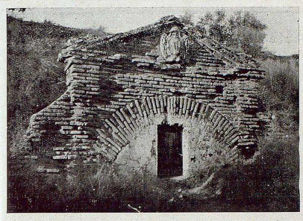 313_TRA-1921-175-Palacio de Buenavista, la fuente del Emperador
