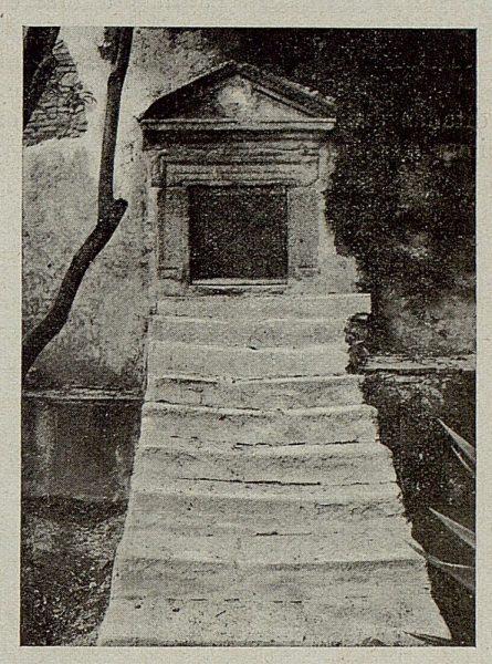 316_TRA-1921-175-Palacio de Buenavista, primitiva entrada a los depósitos