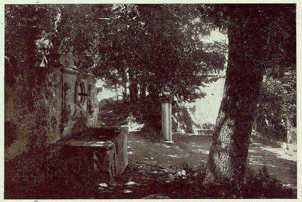338_TRA-1925-222-Palacio de Guisando, entrada-Foto Rodríguez