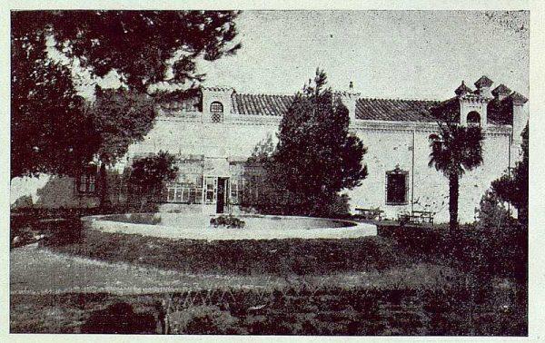 350_TRA-1924-203-Palacio de Higares de los Duques de la Vega, jardín y estufa-Foto Rodríguez