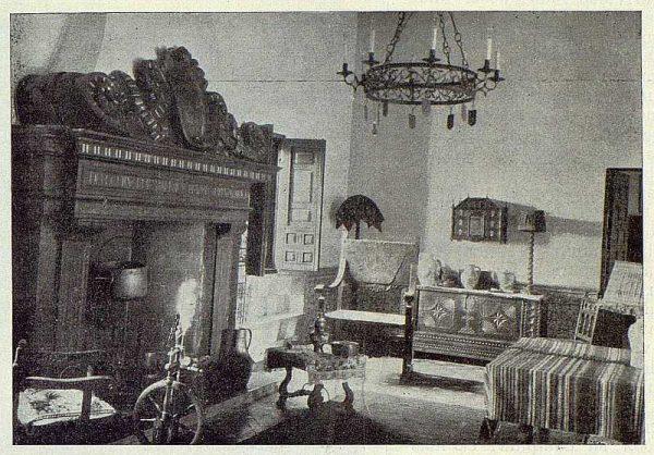 353_TRA-1924-203-Palacio de Higares de los Duques de la Vega, uno de los salones-Foto Rodríguez