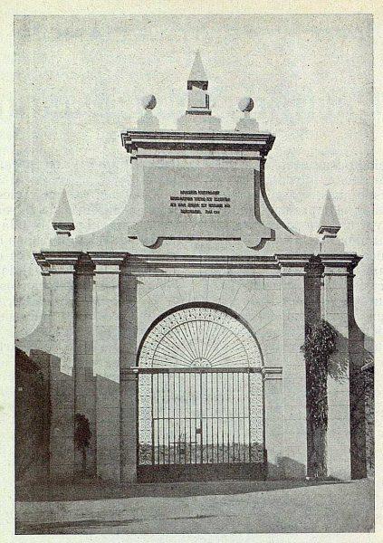 366_TRA-1925-217-Palacio de la Sisla, reja de los jardines de Julio Pascual