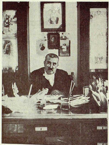 390_TRA-1926-230-Villa Luisa, el hotel Rómulo Muro, trabajando