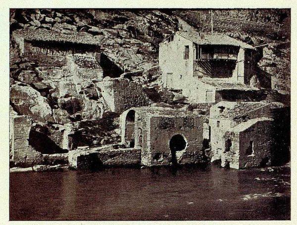 397_TRA-1927-240-Viejos molinos-Foto Román