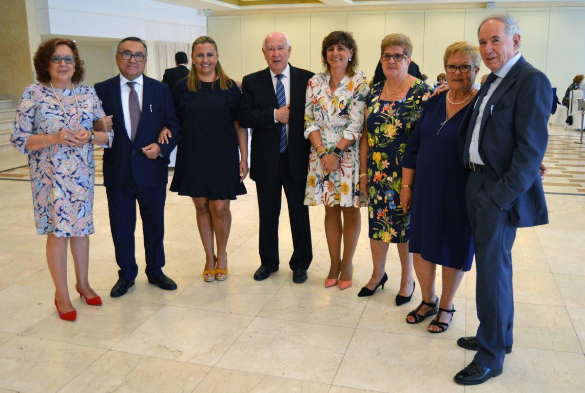 http://www.toledo.es/wp-content/uploads/2019/10/asvat_1-1200x808.jpg. Un amplio número de socios de ASVAT celebra el inicio de curso con una comida y el apoyo del equipo de Gobierno de la alcaldesa Milagros Tolón
