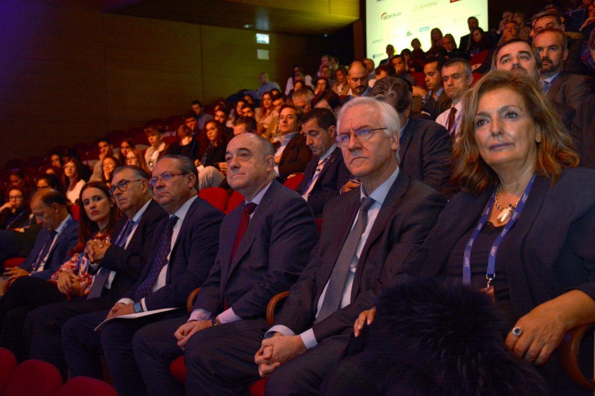 http://www.toledo.es/wp-content/uploads/2019/10/fecor02-1200x800.jpg. El Gobierno local destaca en el Congreso de FECOR la importancia de Toledo como referente en el turismo de negocios