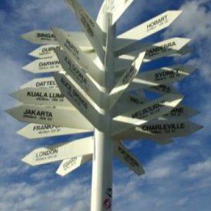 Ciclo Encuentros en el centro de la vida: Libres o controlados. El engaño de tomar decisiones