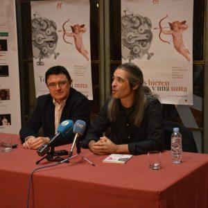 l Teatro de Rojas alza el telón este viernes y sábado a la primera comedia de capa y espada escrita en el siglo XXI obra de Álvaro Tato