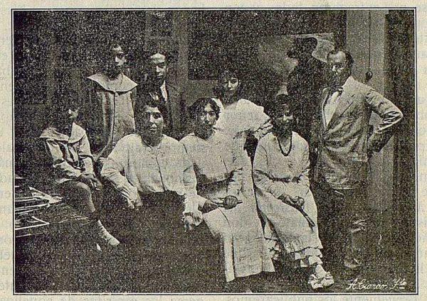 TRA-1916-055-José Vera y familia-Foto Ciarán