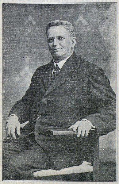 TRA-1917-079-Narciso Sentenach, Director del Museo de Reproducciones Artísticas