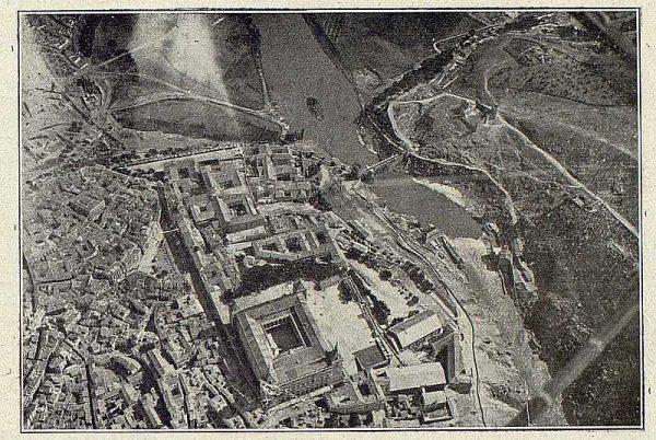 TRA-1918-105-Toledo desde el aire
