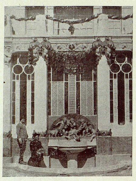 TRA-1920-149-Benlliure y Ruiz de Luna en el estudio del primero
